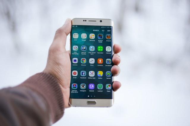 edge smartfon