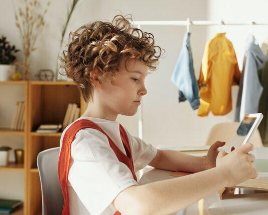 rozwój dziecka a internet
